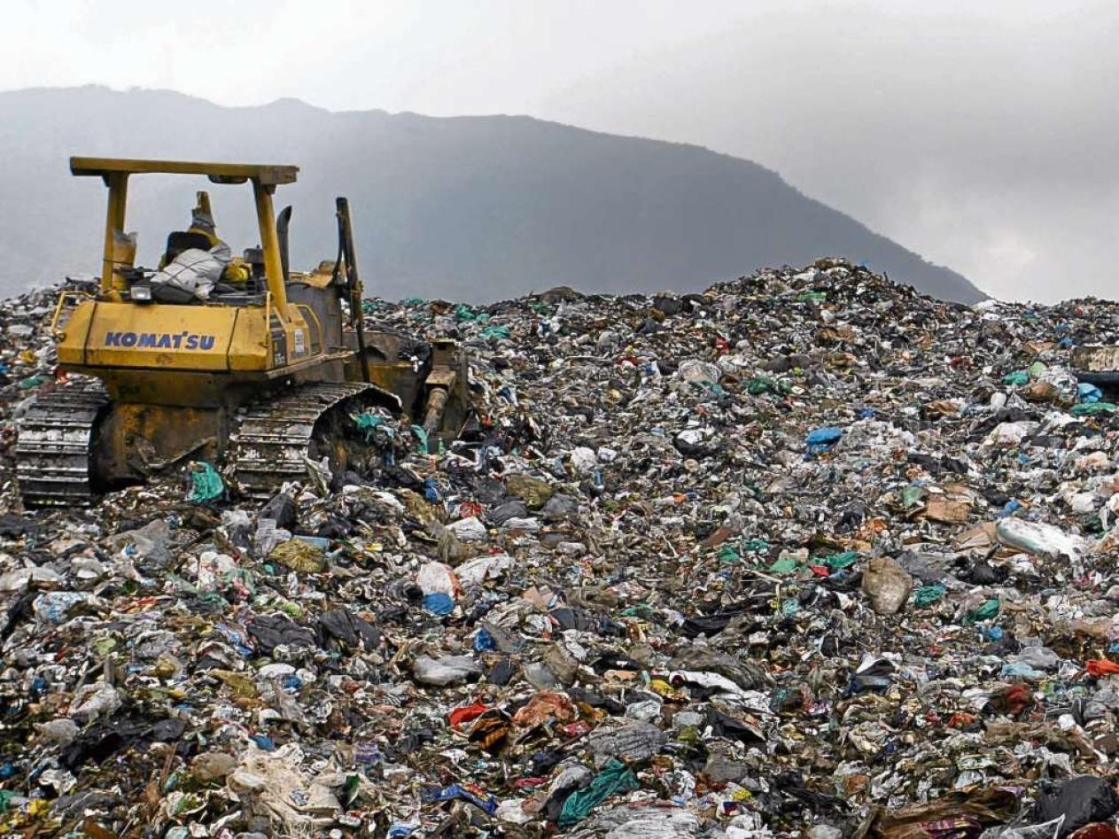 Las estaciones del viacrucis de la recolección de basuras en Bogotá