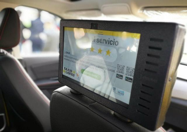 Inconformidad de taxistas frente a plazos para instalar tabletas