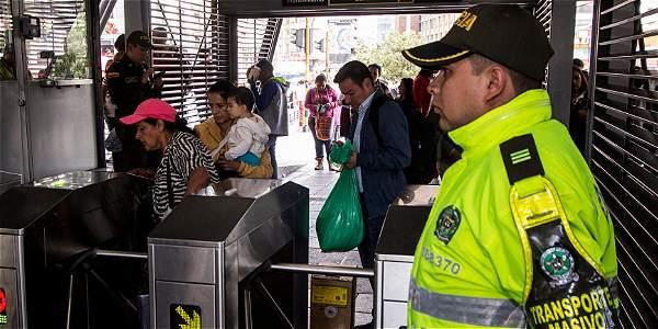 Es Urgente, Transmilenio necesita más Policías: Comisión de Seguridad
