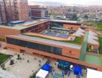Alcaldía de Peñalosa entrega el primer colegio de los 30 que ha prometido en la ciudad