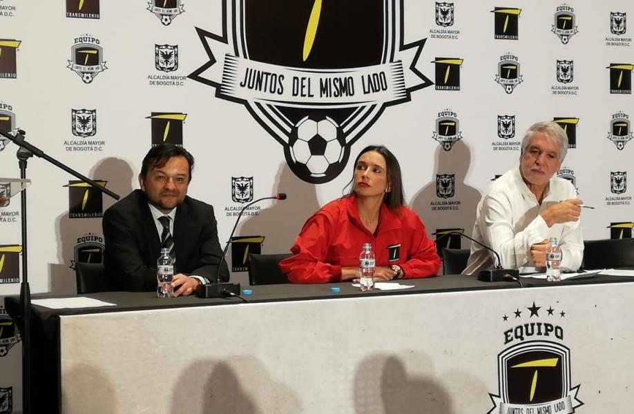 Alcalde Enrique Peñalosa le vuelve a apostar a una campaña para combatir los colados en Transmilenio.