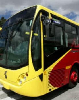 Transmilenio suspende por un mes licitación para renovar los buses de las fases I y II